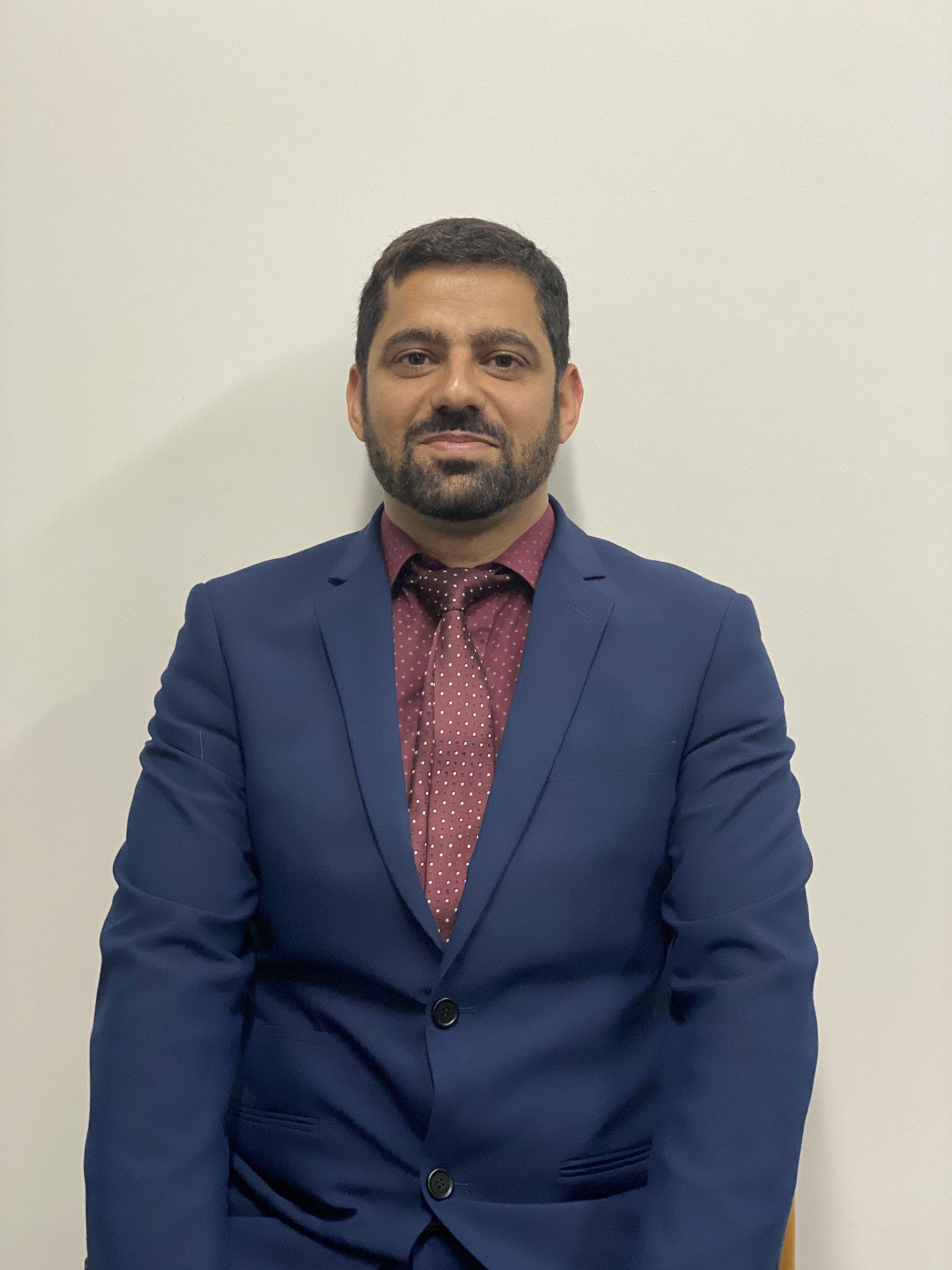 Mr Mohsin Mirza